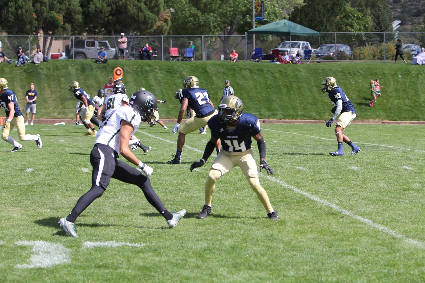Skyhawks Football Plays Mustangs In Non Conference Game Fort Lewis